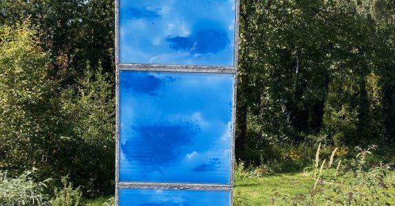 Glaskunst Urnenstelen-Ensemble Friedhof Schalksmühle-Wippekühl