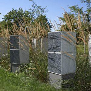Urnensteleninseln in Eching